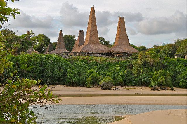 Petualangan Pulau Sumba, Nusa Tenggara Timur. | Indonesian Backpackers