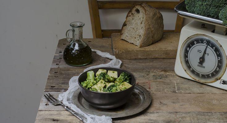 M.R.broccoli e tofu con curry