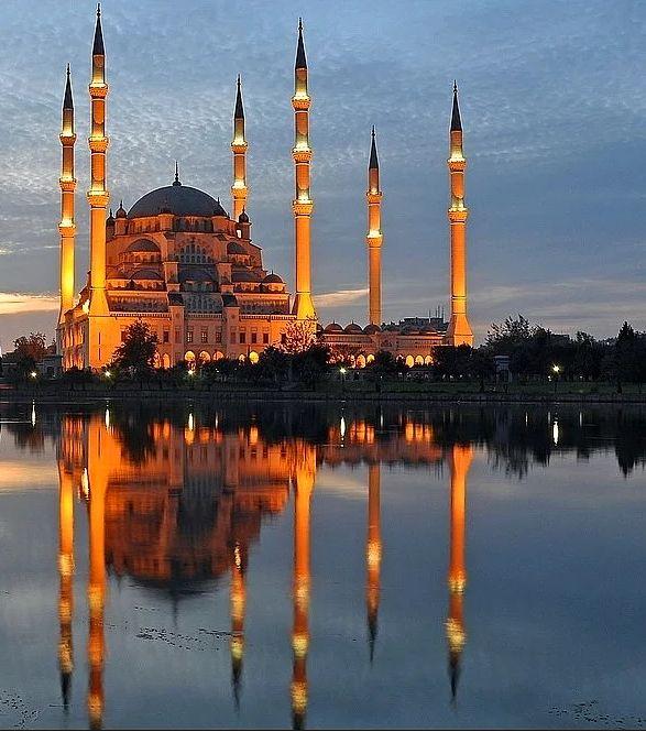 Adana-Sabancı Merkez Camii. Fotoğraf, Ali Başarır.