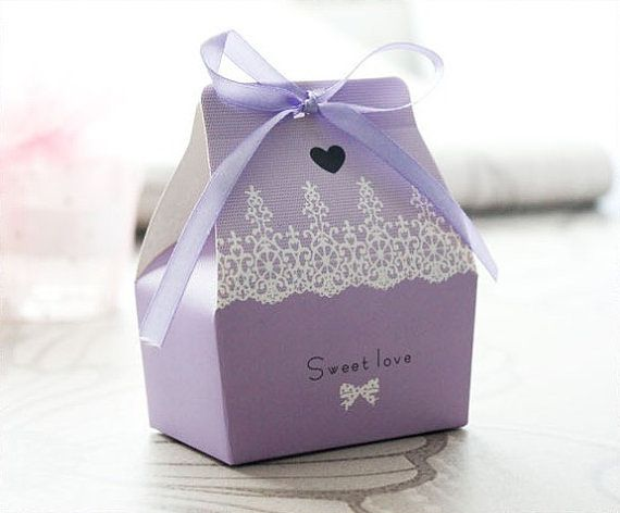 Purple Ribbon Mini Gift Favor Box, Mini Cupcakes, Macarons, Cookie favors, Chocolate, or just a cute cheap way to give away a food item. Perfect for Wedding or Baby Shower. More favor ideas: https://ChicChicFindings.etsy.com/