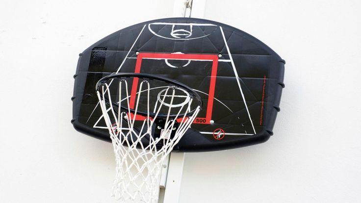 Cómo hacer una canasta de baloncesto para colocar en el patio