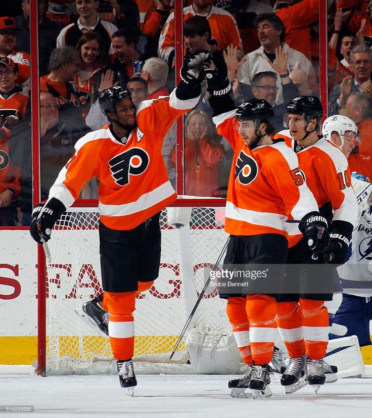 Wayne Simmonds #17 and Shayne Gostisbehere #53 of the Philadelphia Flyers celebrate Gostisbethere's third period goal against the Tampa Bay Lightning at the Wells Fargo Center on March 7, 2016 in Philadelphia, Pennsylvania. The Flyers defeated the Lightning 4-2.