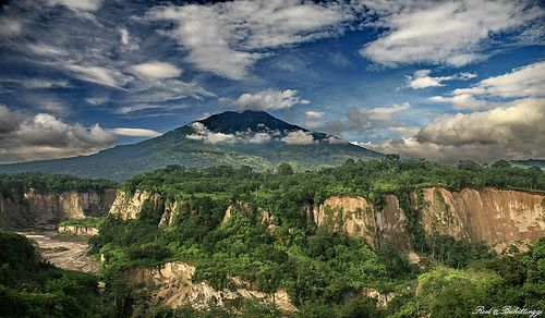 Ngarai Sianok Bukittinggi : The Accidently Journey | indonesiaexotica