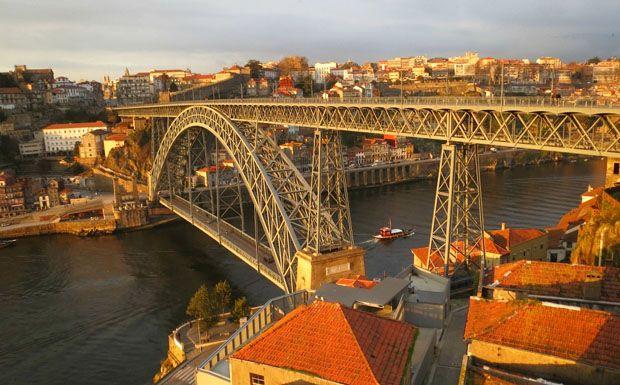A portói híd a XIX. század végén épült öt éven keresztül