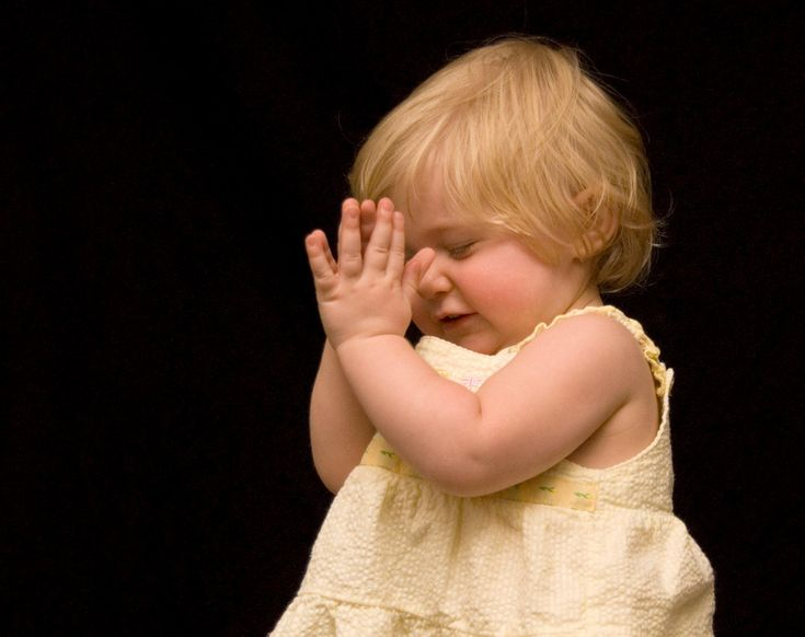 Child Praying For Photo Session To End - RJN Photography ...