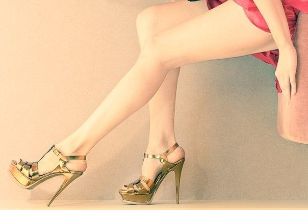 El mejor accesorio para unos #zapatos fabulosos son unas piernas bellas y #depiladas. Piernas BodyBrite