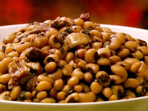 Black Eyed Peas/Food Network  http://www.foodnetwork.com/recipes/patrick-and-gina-neely/black-eyed-peas-with-bacon-and-pork-recipe/index.html  Video/http://www.foodnetwork.com/videos/black-eyed-peas-bacon-and-pork/59615.html
