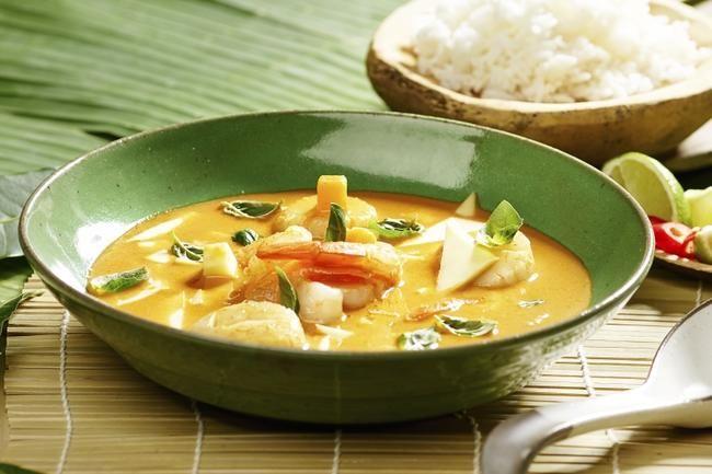 Thai Red Curry med scampi og kamskjell