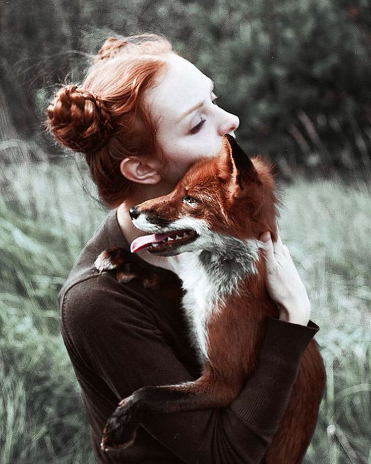 Marvelous Dreamlike Portraits of Redheads with Red Foxes | ALK3R