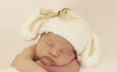 "Baby hoed ""Cute Rabbit"" by Avita via DaWanda"
