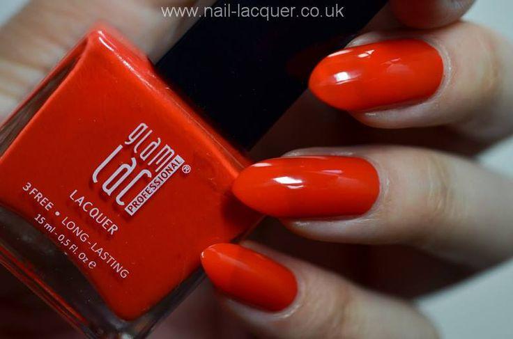 Light the Fire, un rosso aranciato dal finish matt,,,,, BELLISSIMO! http://www.kalisia.it/unghie/1119-smalto-per-unghie-professionale-light-the-fire.html #red #rednails #nailpolish #manicure