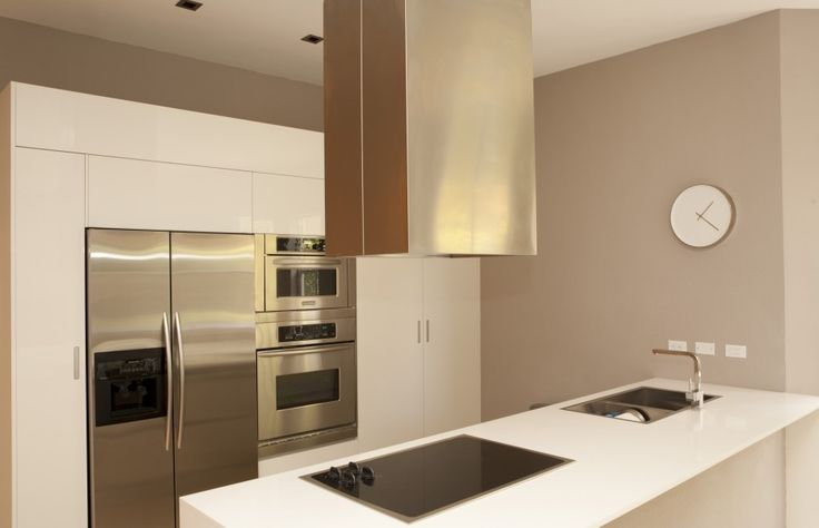 Sophie Cohen - minimalist or Modern kitchen ideas -  Project: Harbor Island 808 Location: Hollywood, Fl. Area: 3,300 sf (covered area) Program: complete renovation and addition in a two story single family residence.