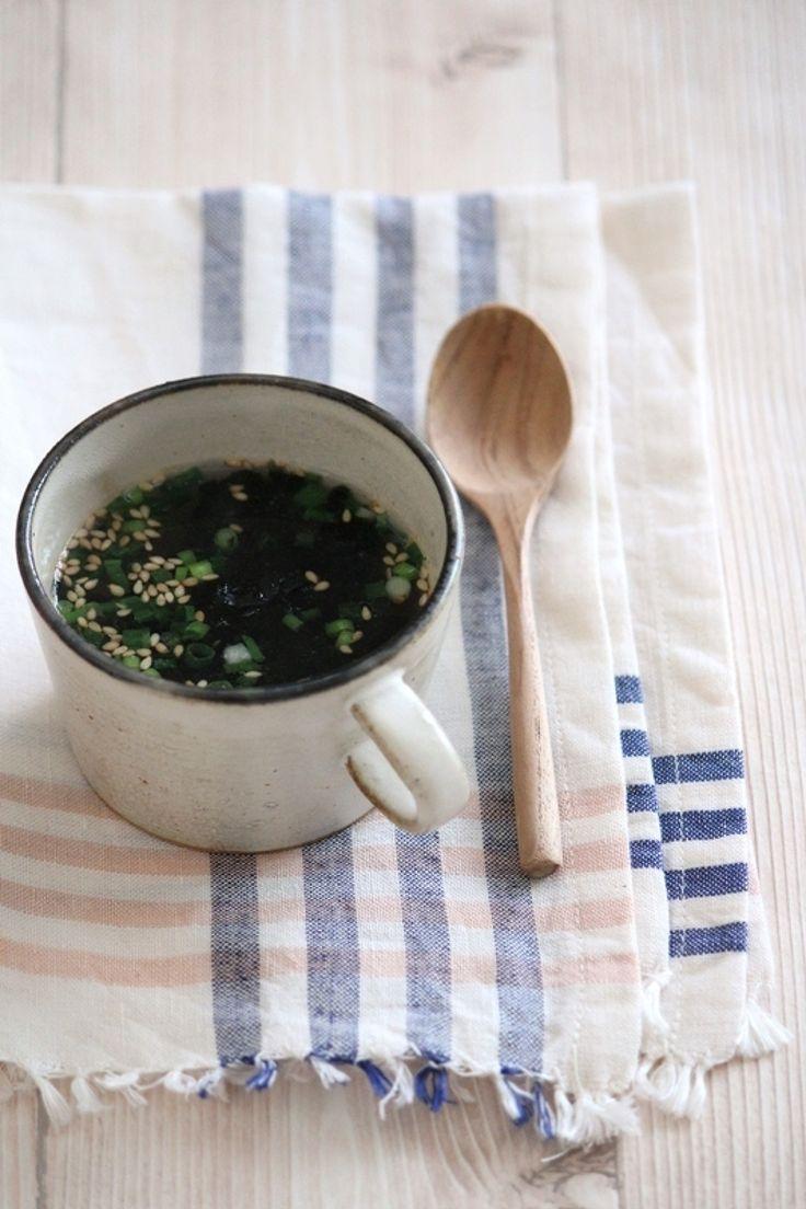 即席焼き海苔カップスープ。 by 栁川かおり / カップに材料を入れてお湯を注ぐだけ。あっという間のお手軽カップスープです。 / ナディア