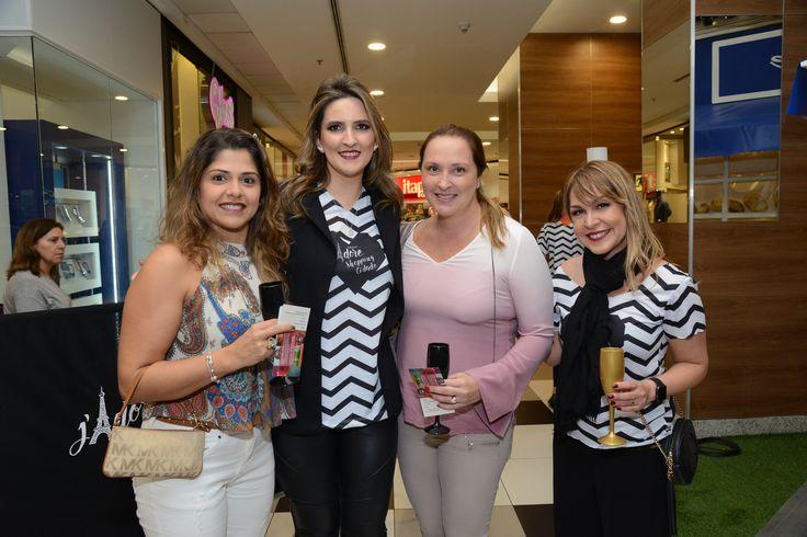 Ana Paula Vallerine, Anna Emília Gaetani, Renata Baratz e Carolina Vaz