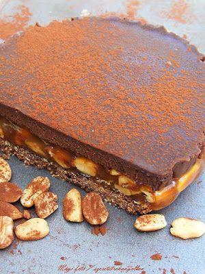 szeretetrehangoltan: Karamelles mogyorós csokoládétorta sütés nélkül