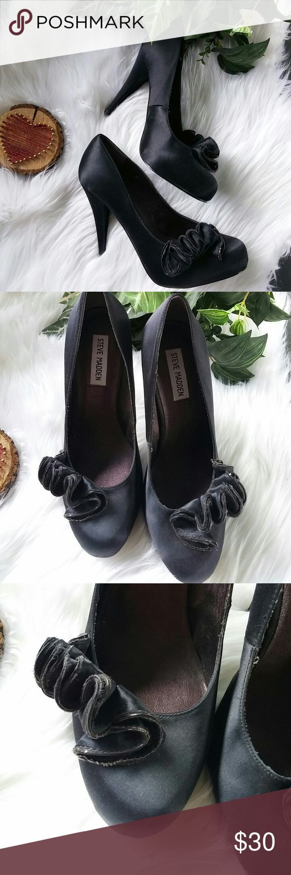 Steve Madden women's black heels These are beautiful pair of Steve Madden women's black high heels size eight and a half Fenton Lake material with gathered ruffle like flower in front Steve Madden Shoes Heels