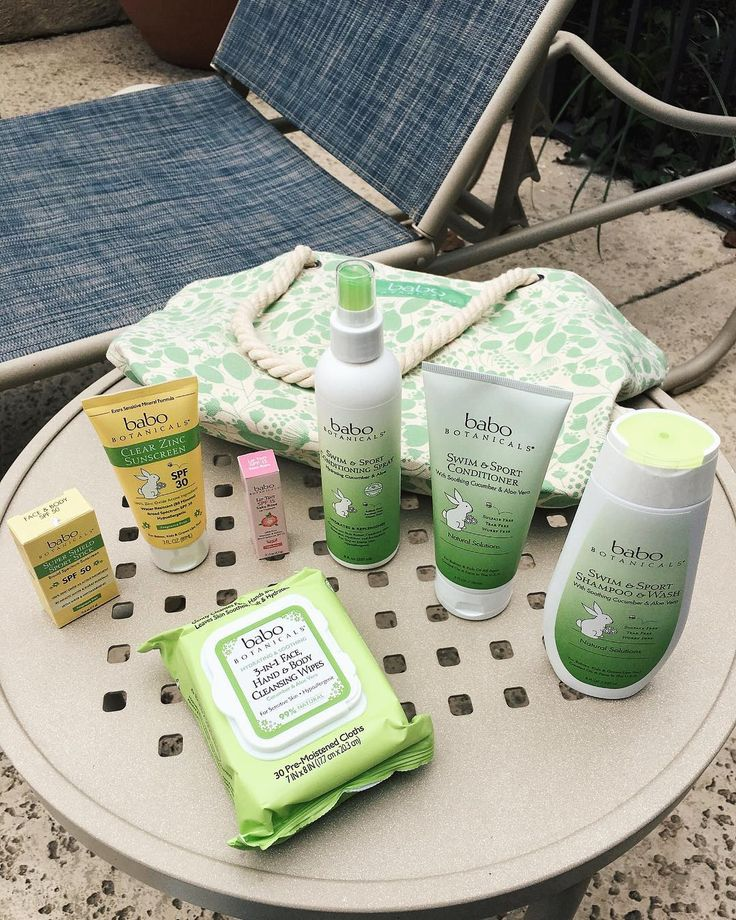 GIVEAWAY!! I have teamed up with @babobotanicals to give away a beach tote bag, 3-in-1 Face, Hand & Body cleansing wipes, Super Shield sport stick SPF 50, Clear Zinc Sunscreen SPF 30, Swim & Sport Conditioning Spray (hydrating Cucumber & Aloe), Swim & Sport Shampoo & Wash, Swim & Sport Conditioner! 💥 To Win:  Make sure you are following me and @babobotanicals, and tag some friends who may be interested in winning these amazing prizes below! The winner will be announced on Wednesday... Good…