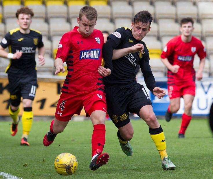 Queen's Park's Jamie McKernon in action during the Ladbrokes League One game between Livingston and Queen's Park.