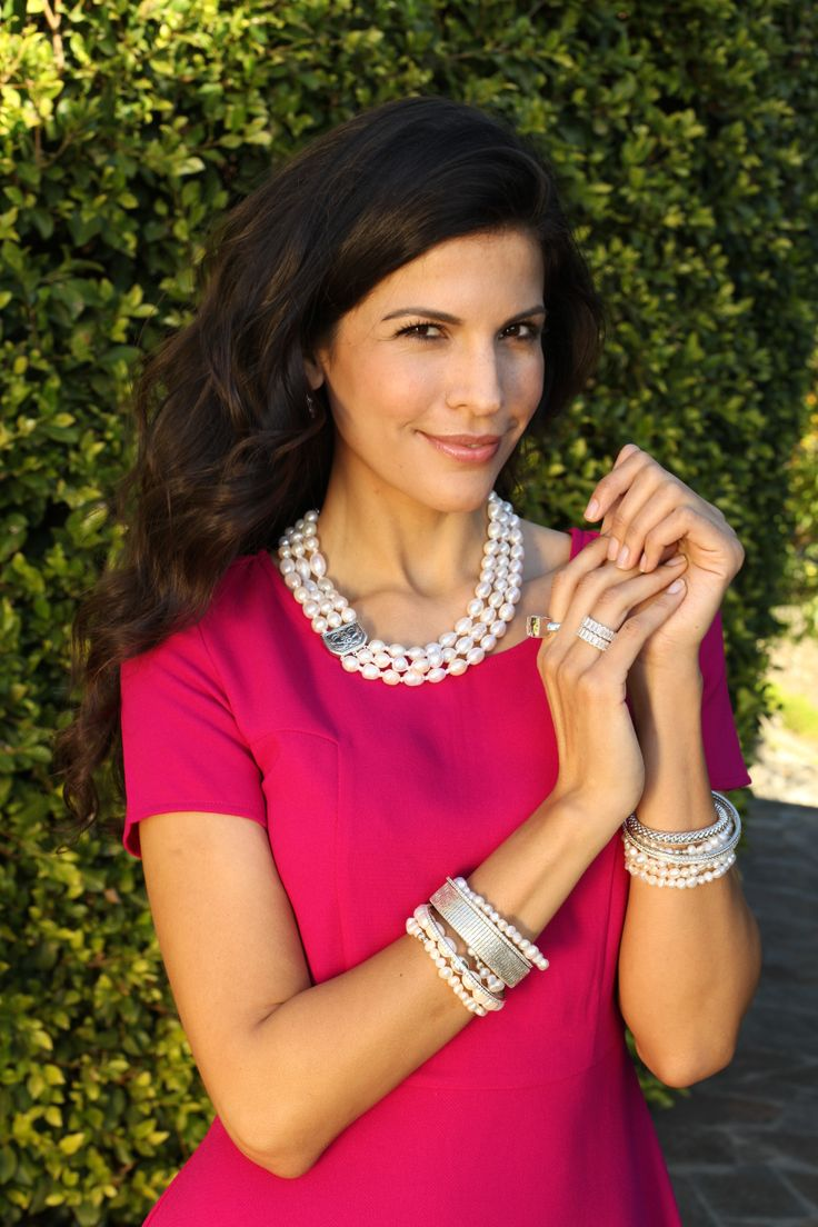 Pair #pearls with a bold color to really make them pop! #WomensFashion