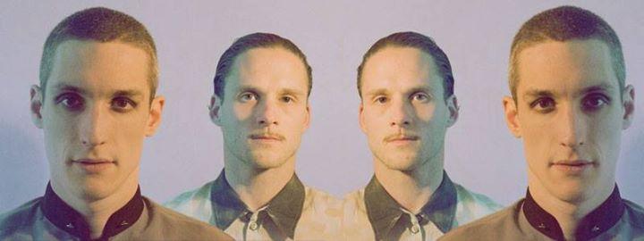 """Schwefelgelb è un duo berlinese che suona Techno, EBM, e che è attivo da oltre 10 anni nella scena internazionele Europea, l'ultimo album """"Wie Die Finger Durch Den Nebel"""" è solo l'ultimo dei gioielli uscito dalla notissima casa di produzione berlinese """"Fleisch"""" nel Novembre del 2016. La discografia precedente comprende: """" Der Keller Von Laufen"""" , """"Dukel vor den Augen Uns"""" e andando ancora ritroso troviamo i dischi del periodo dark wave tachno e proto minimal beat  con accento in salsa gotico…"""