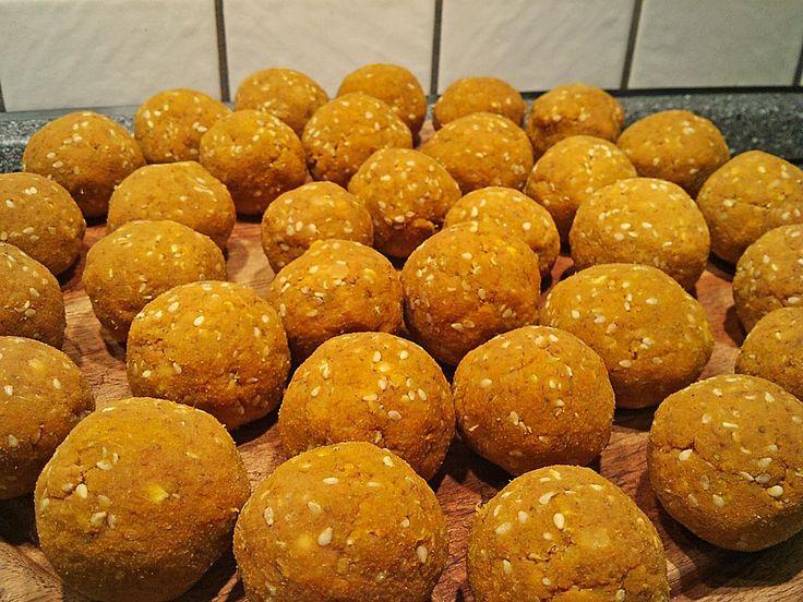 Möhrenbällchen aus Trester, ein sehr schönes Rezept aus der Kategorie Snacks und kleine Gerichte. Bewertungen: 4. Durchschnitt: Ø 3,0.