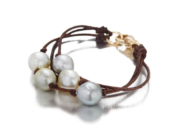 A Pearl and Leather Cord Bracelet