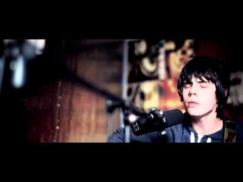 Great song from a young guy with an old soul - Jake Bugg - Someone Told Me (Acoustic)