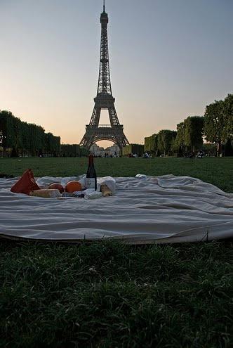 yes pleaseCant Wait, Buckets Lists, Company Picnics, Eiffel Towers, Lemon Cream Sauces, Paris Picnics, Dreams Come True, Birthday In Paris, Picnics In Paris