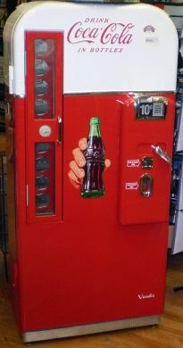 Old coke machines!: Coca Cola, Sodas Machine, Remember This, My Men, Coke Machine, Cocacola, Glasses Bottle, Real Things, Men Caves