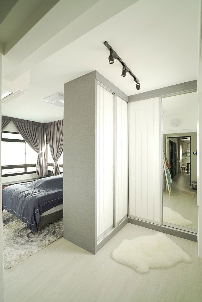 8 Ways To Squeeze A Walk In Wardrobe In Your Hdb Bedroom No Wall Hacking Required Small Room Design Bedroom Design Bedroom Layouts
