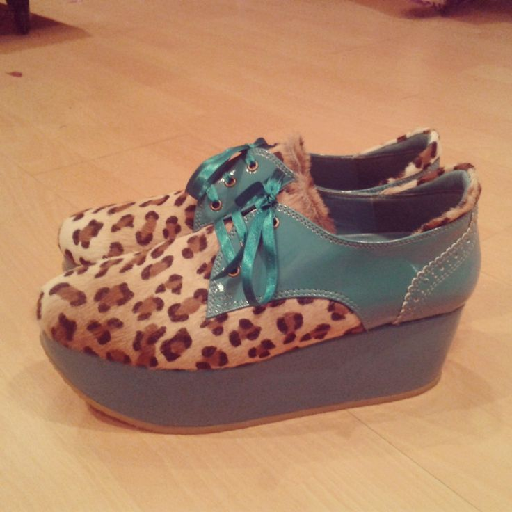 Haired leopard stamped leather + aqua pattent synthetic. 5 cm platform. Custom made