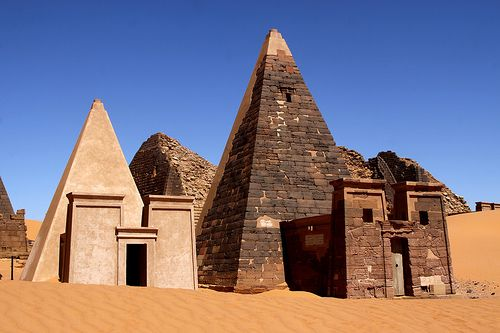 Nubia, Sudan: the pyramids that pre-date the Egyptian pyramids . (Sudan - the black pharaohs by Retlaw Snellac, via Flickr)