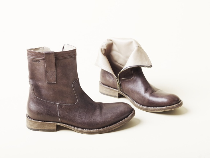 Cool outside, warm inside! These are the perfect boots!   Get them at Ecco in Baneasa Shopping City!