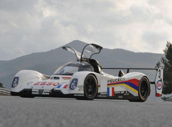 Peugeot 905 : triplé aux 24 heures du Mans 1993