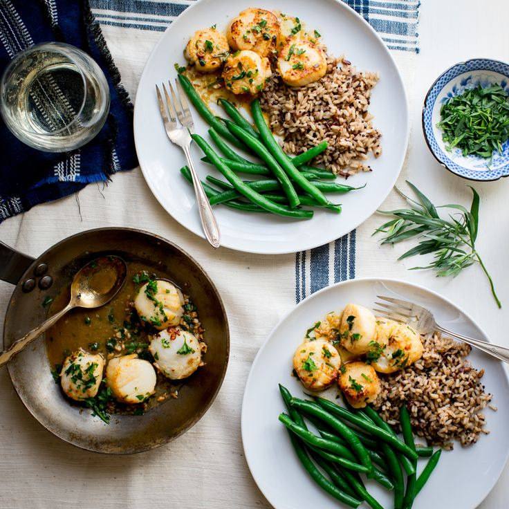 You and your family will love this easy classic scallop dish. Herbs can be adjusted to personal preference. Give this recipe a try today!