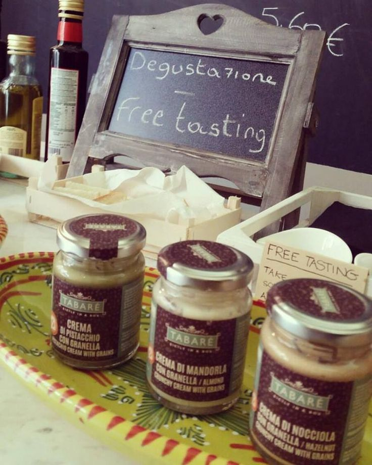 Free tasting Zone in Tabarè shop! Almond, Pistachio and HAzelnut Spread! #pistachio #tasting #tabarè #free #zone #gourmet #sicily #sicilianfood #jams #creams #sweets