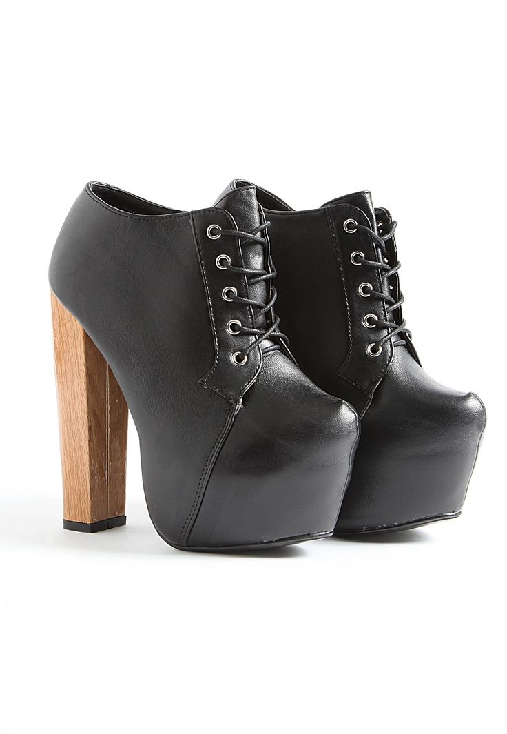 Klarka Leather Platform Shoe Boots