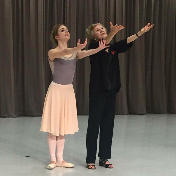 """Dame Merle Park coaching me on Ashton's """"The Walk to the Paradise Garden"""" ✨#royalballet #legend #ballerina #sirfrederickashton #ballet"""