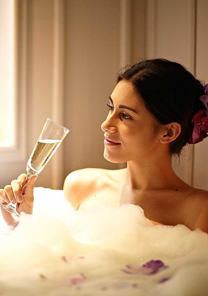 1000+ ideas about Romantic Bubble Bath on Pinterest | Free ...
