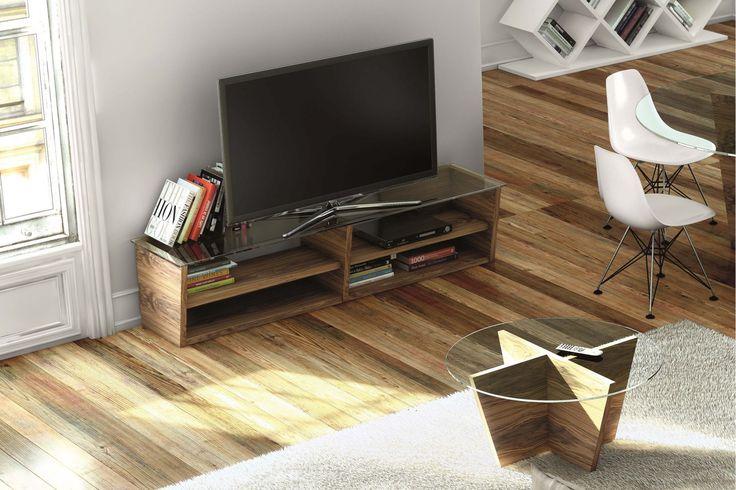 Hjorten runt träbord med glasskiva. Soffbord, glasbord, bord, glas, trä, vardagsrum, inredning. http://sweef.se/bord/440-radjuret-runt-soffbord-glas.html