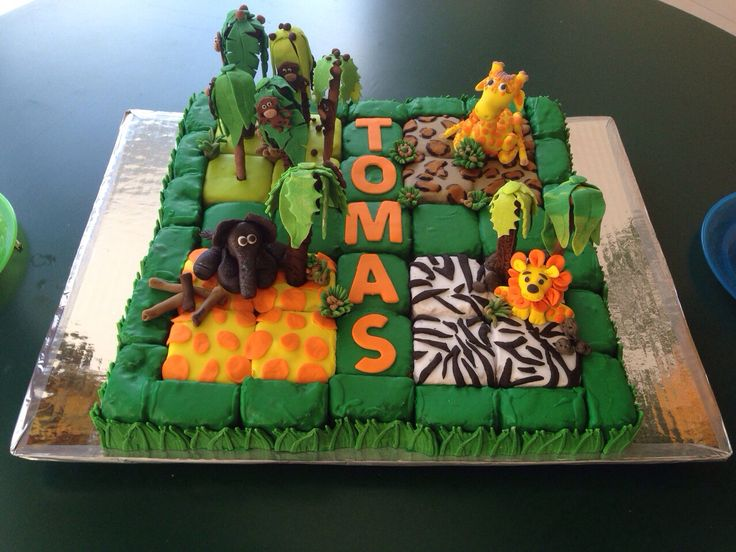 Animales Cake