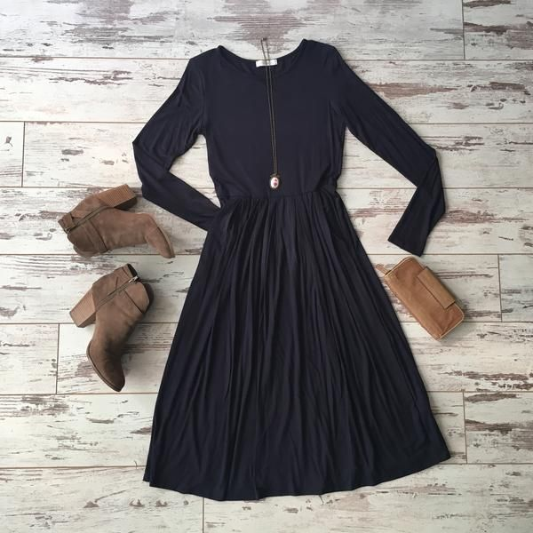 New - The Shelby Dress - Navy From brookeandemclothing.com