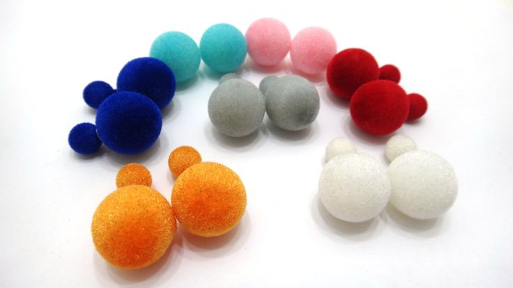 Variedad de #zarcillos #dobleperla #doble #perla #moda #dior #fashion #estilo #in #accesorios #bisuteria #venezuela #caracas #ccs #vzla #ventas www.gscmoda.com