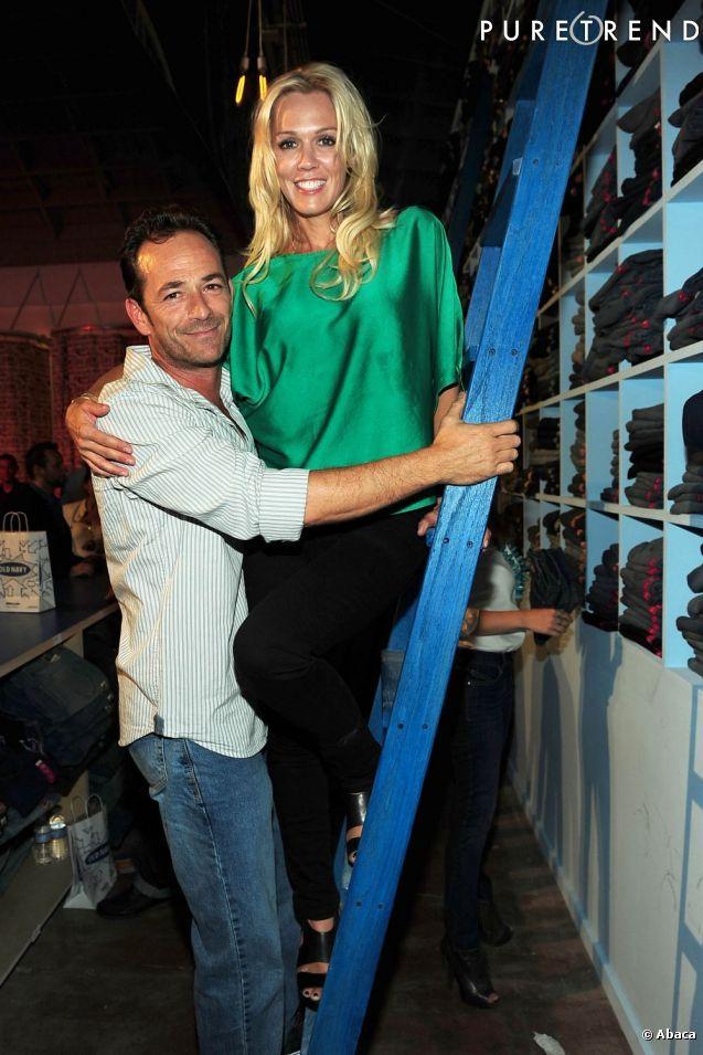 PHOTOS - Jennie Garth et Luke Perry, les héros de la série Beverly Hills.