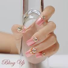 Resultado de imagen para uñas rojas decoradas con piedras