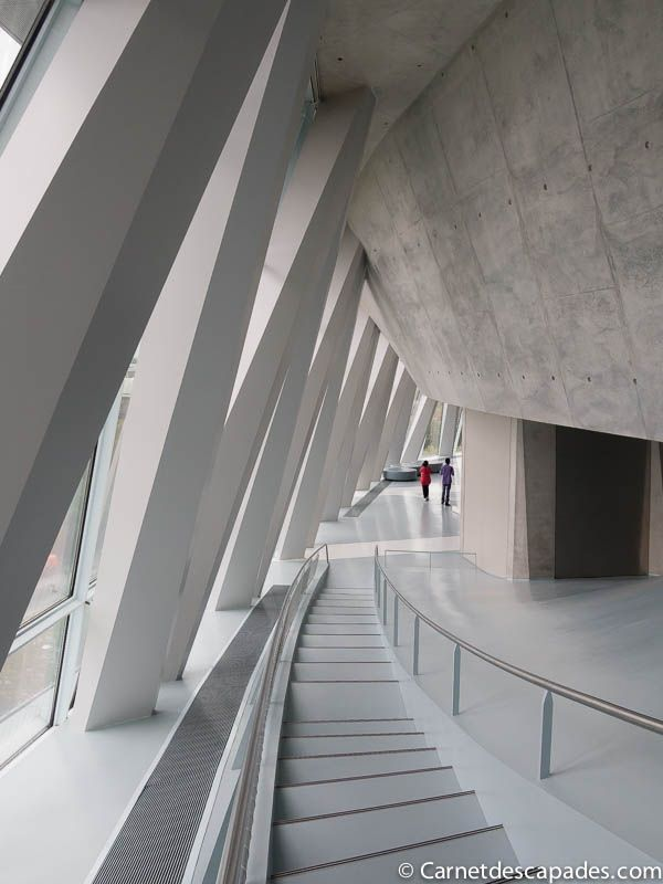 Great architecture inside and outside: The Mercedes Benz-Museum in #Stuttgart.