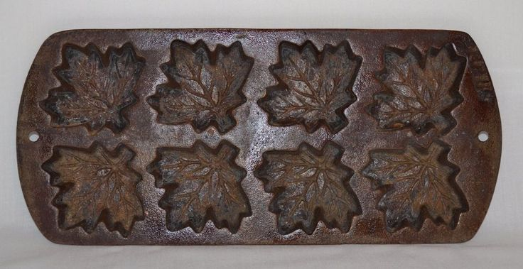 Details About Vintage Lodge Cast Iron Cornbread Muffin