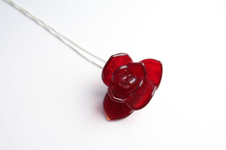 Lampwork rose pendant------------ GlassFlemming / Janita Simula