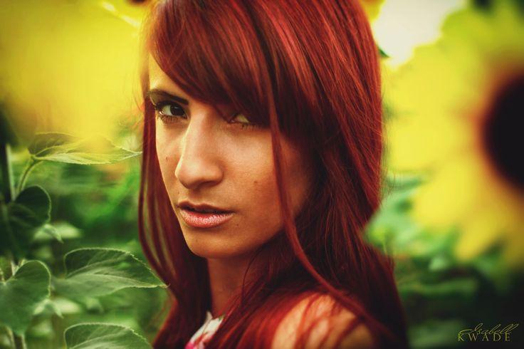 loving him was red, munich - Photo/Retouch: © Isabell Kwade Model: Sabrina Maria…