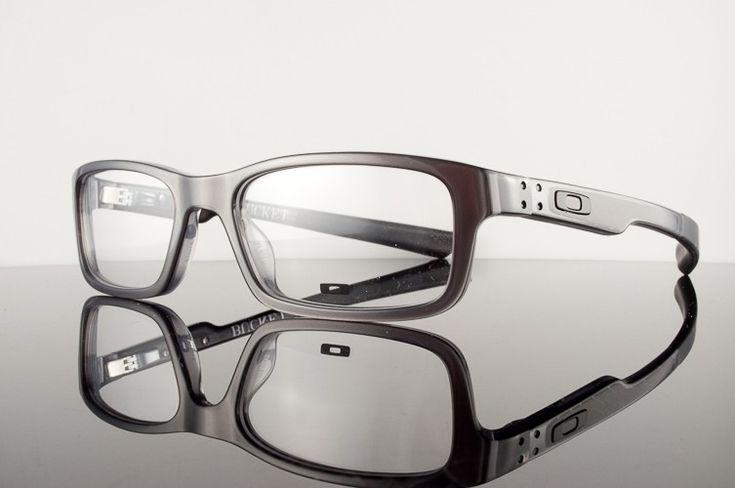 Oakley Bucket glasses